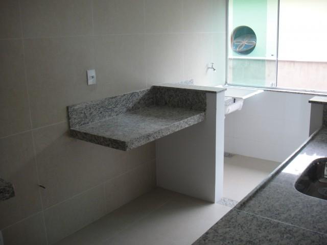 Apartamento tipo no Iporanga- 1103