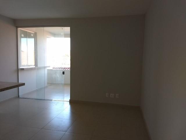 Apartamento com área privativa no Morro do Claro-1055