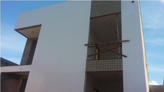 Apartamento com área privativa no Morro do Claro- 1550