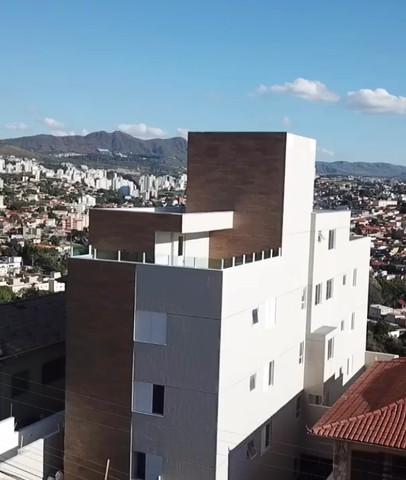 APARTAMENTO COM AREA PRIVATIVA EM BH NO HAVAÍ -1997